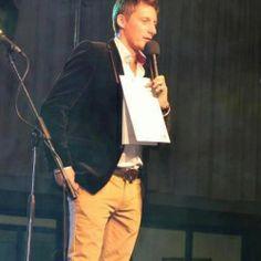 Karol Kacvinský - profesionálny moderátor firemných eventov a súťaží. Bohaté skúsenosti s interaktívnou zábavou, tanečné súťaže a animácie.