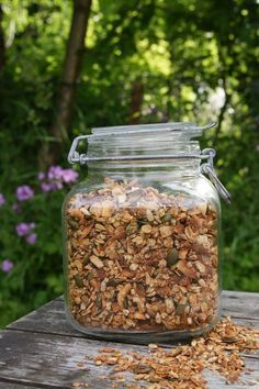 Musli recept Breakfast Snacks, Healthy Breakfast Recipes, Raw Food Recipes, Healthy Snacks, Healthy Recipes, Brunch, Homemade Sweets, Swedish Recipes, Muesli