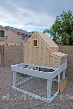 ... or Coop... I built a chicken coop! YOU GUYS!!! This major suburbanite has backyard chickens!! It's all so strange and exciting, ...