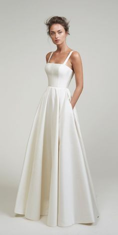 Wedding Robe, Top Wedding Dresses, Wedding Dress Trends, Princess Wedding Dresses, Elegant Wedding Dress, White Simple Wedding Dress, Lace Wedding, Mermaid Wedding, Dream Wedding