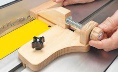 Micro-Adjust Ripping Jig http://www.woodsmithtips.com/2012/03/08/micro-adjust-ripping-jig/