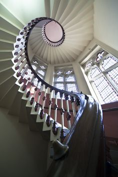 Sprial staircase with unique balustrade details Stairs And Staircase, Take The Stairs, House Stairs, Grand Staircase, Stair Railing, Staircase Design, Spiral Staircases, Winding Staircase, Beautiful Stairs