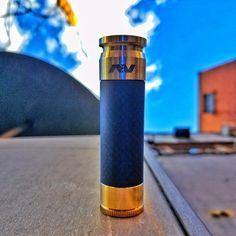 Brass Able Mechanical Mod by Avid Lyfe - Brass Able Competition Mod by Avid Lyfe     Vape Emporium are proud to bring you the Avid Lyfe Brass Able Competition Mod, one of the most coveted mods on the market and for good reason. The Brass Able is the a hard hitting mechanical mod from mastermind Eric Hutchinson's Avid Lyfe, additionally providing you the convenience of customization with interchangeable sleeves.  The Brass Able Competition Mod requires absolutely no adjustments for battery…