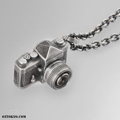 Camera « An Original Oz Abstract Tokyo charm from the world famous Underground Sound Collection; Camera is gorgeously hand carved in the likeness of a classic camera from fine sterling silver. Tokyo, Classic Camera, Neck Piece, Smoky Quartz, Hand Carved, Lens, Chokers, Carving, Sterling Silver