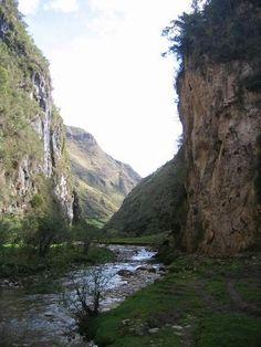 gorge leimibamba-tahopampa