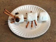 Marshmallow Ant! A fun activity when learning about insects! #Ants