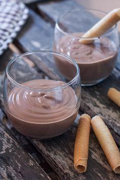 Crème vegan au chocolat et tofu | Objectif : Zéro Miette! Tofu, Desserts Crus, Raw Food Recipes, Mousse, Creme, Panna Cotta, Sweet Tooth, Paleo, Gluten Free