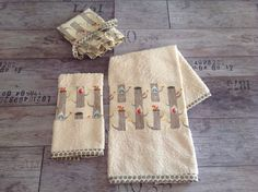 Set asciugamani completo di dust bag. 100% organic cotton
