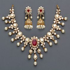 Ruby pearl and diamond demi-parure. India Jewelry, Pearl Jewelry, Bridal Jewelry, Diamond Jewelry, Antique Jewelry, Jewelry Sets, Gold Jewelry, Jewelery, Vintage Jewelry