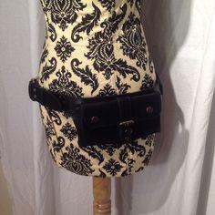 www.shopsacredempire.com Hipstirr - Simple Leather Pocket Belt in Black, Size Large