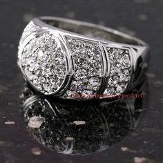 White Gold Plated Women Clear Cocktail Ring Made With Swarovski Crystal SR70