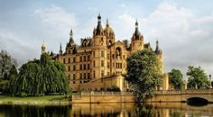 Man Made Schwerin Palace  Building Architecture Germany Tree HDR Wallpaper