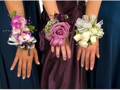 Love me the left hand corssage, but with green cymbidium orchids