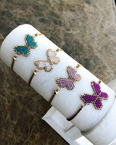 Miyuki butterfly bracelets # jewelry # m. Beaded Earrings, Beaded Jewelry, Handmade Jewelry, Beaded Bracelets, Red Jewelry, Bracelet Crafts, Jewelry Crafts, Beading Tutorials, Beading Patterns