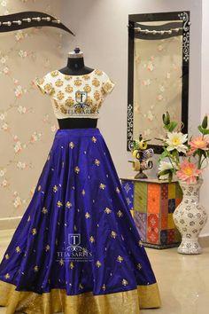 Indian Bollywood Wedding New Party Wear Dress Red Designer Ethnic Lehenga Choli Lehenga Crop Top, Blue Lehenga, Indian Lehenga, Silk Lehenga, Indian Attire, Indian Ethnic Wear, Indian Dresses, Indian Outfits, Indian Clothes