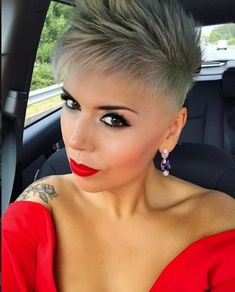 Hairstyles Over 50, Pixie Hairstyles, Haircuts, Pocket Watch Tattoo Design, Funky Short Hair, Short Styles, Short Haircut, Short Cuts, Sexy