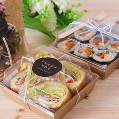 Sandwich Container Takeout Food Box - Delivery Food - Ideas of Delivery Food - Sandwich Container Takeout Food Box Sandwich Packaging, Salad Packaging, Food Box Packaging, Bakery Packaging, Food Packaging Design, Coffee Packaging, Bottle Packaging, Food To Go, Food And Drink