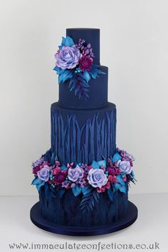 Modern Wedding Cakes Cake Wrecks - Home - Sunday Sweets: Dark Beauties Elegant Wedding Cakes, Elegant Cakes, Beautiful Wedding Cakes, Gorgeous Cakes, Wedding Cake Designs, Pretty Cakes, Amazing Cakes, Bolo Floral, Floral Cake