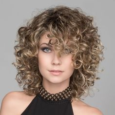 30 New Haircuts and Hairstyles for Short Curly Hair in 2020 Curly Hair With Bangs, Curly Hair Cuts, Long Curly Hair, Short Hair Cuts, Curly Hair Styles, Curly Short, Wig Styles, Medium Curly Haircuts, Haircuts For Curly Hair