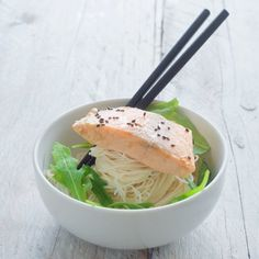 This recipe for Japanese salmon poached in miso is delicious with flavor super healthy and skinny. A quick recipe, which is also very easy