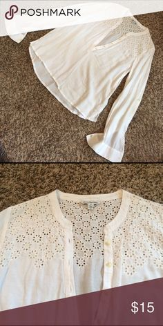 American Eagle white embroidered shirt Excellent used condition! All white no stains or rips. Beautiful embroidery at the top in front and back. Buttons halfway up, long sleeve with a button to roll the up too! American Eagle Outfitters Tops