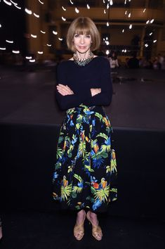 Anna Wintour Photos Photos - Anna Wintour attends the Marc Jacobs Spring 2017…