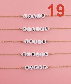 19 - Armband mit Buchstabenperlen - Wald Berlin