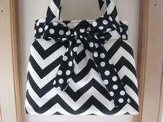 Check out this item in my Etsy shop https://www.etsy.com/listing/266356745/chevron-shoulder-pleated-handbag-purse