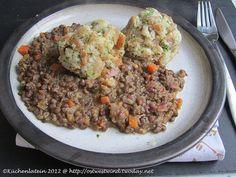 Küchenlatein: Vegetarischer Donnerstag: Semmelknödel mit Linsensauce