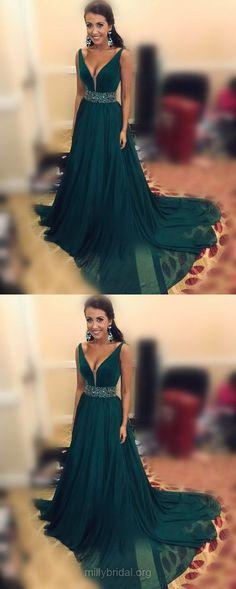 Green Prom Dresses, Long Prom Dresses, 2018 Prom Dresses For Teens, A-line Prom Dresses V-neck, Chiffon Formal Evening Dresses Beading #formaldresses