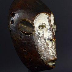 Nu in de #Catawiki veilingen: Rare African Tribal Monkey Muminia LEGA Bwami Society Mask.Democratic Republic of th...