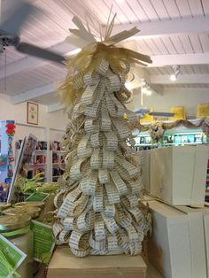A tree made from pages shaped like ribbons created for Macintosh Books, Sanibel, Fla.