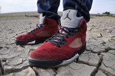 """Raging Bulls"" Air Jordan Retro 5.  Really want a pair of these!"