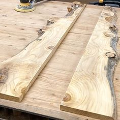 How to Make a River Table - MAS Epoxies Diy Resin Wood Table, Resin And Wood Diy, Resin Table Top, Epoxy Resin Table, Diy Resin Art, Diy Resin Crafts, Diy Resin Projects, Woodworking Projects Diy, Woodworking Epoxy Resin
