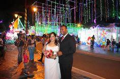 Armario de Noticias: Joven sorprende a su novia con propuesta de matrim...