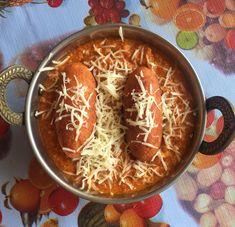 Make the Serve the Reshmi Kofta Curry & serve along with Palak Paneer, Dal Makhani, Phulka and Kadai Beans and Carrot Pulao Recipe for a perfect weekend dinner. Paneer Recipes, Veg Recipes, Indian Food Recipes, Cooking Recipes, Yummy Recipes, Veg Kofta Recipe, Kofta Recipe Vegetarian, Vegetarian Cooking, Vegetarian Recipes