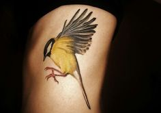 Grafika przez We Heart It #girltattoo #tattoo #birdtattoo #greattit #koolmees #tattoosonchicks