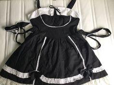 """Anden kjole, Pentagramme, str. XXL, Sort og hvide, God men brugt, Goth/ lolita. Kjolen var købt i butikken """"Black Sheep"""" , for 600kr."""