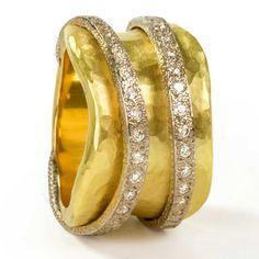Onda ring in 18ct hammered gold with diamonds by Vendorafa