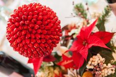 Christmas Photo: Awesome Red Fresh Flower For Christmas Ideas Inspiring Decor, christmas flower bulbs, merry christmas flowers, flower christmas lights ~ rotaryclubwallingford