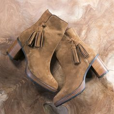 Via Vai fringle boots --> https://www.omoda.nl/dames/laarzen/korte-laarzen/via-vai/bruine-via-vai-korte-laarzen-4713107-67771.html/?utm_source=pinterest&utm_medium=referral&utm_campaign=viavaifringle&s2m_channel=903
