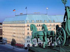 Hotel Adlon Kempinski, Berlin, Germany The balcony that Michael Jackson dangled his baby from. Budapest, Le Palace, Kempinski Hotel, Brandenburg Gate, Berlin Wall, Great Hotel, Best Hotels, Luxury Hotels, Luxury Travel