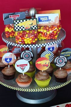 Wants and Wishes: Party planning: Disney Inspired Cars Birthday party... Kachow!!!