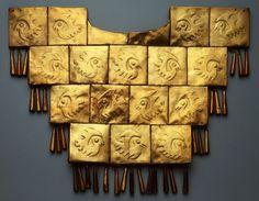 Pectoral de oro, Perú-