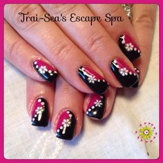 Nails by www.traiseasescapespa.com