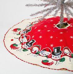 new ideas for vintage christmas tree skirt Vintage Christmas Images, Old Christmas, Old Fashioned Christmas, Merry Little Christmas, Vintage Christmas Ornaments, Retro Christmas, Christmas Items, Vintage Holiday, Christmas Holidays