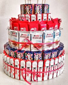 """""""Mi piace"""": commenti: 1 – Intrecciamo (unlisted … – – Sweet World Ideas 5th Birthday Party Ideas, Diy Birthday, Birthday Gifts, Candy Birthday Cakes, Candy Cakes, Candy Bouquet Diy, Edible Bouquets, Chocolate Bouquet, Candy Gifts"""
