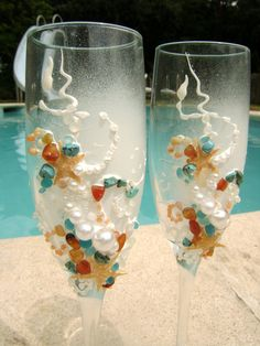 Star fish Beach wedding champagne glasses, hand decorated with sea ...