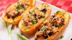 Receta de Patatas rellenas de pollo gratinadas   Cocina Familiar