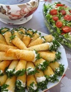Would You Like to Know Exactly What to Eat to Lose Fat and Get Healthy Without Giving Up Your Favorite Foods or Starving Yourself? Turkish Recipes, Ethnic Recipes, Good Food, Yummy Food, Food Presentation, Finger Foods, Food And Drink, Appetizers, Hardboiled